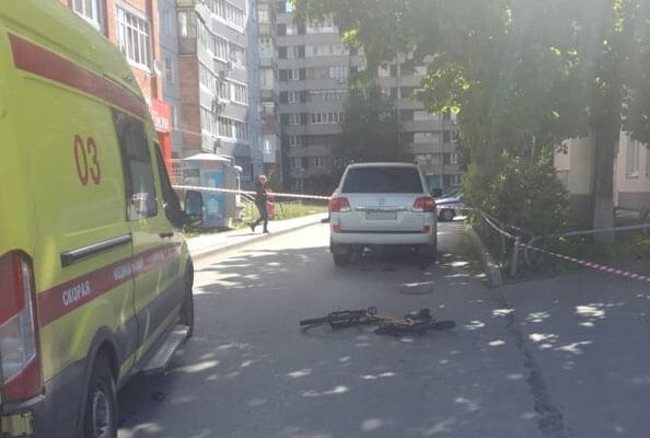 В Тольятти погибла 34-летняя велосипедистка, которую на улице Автостроителей сбил внедорожник | CityTraffic