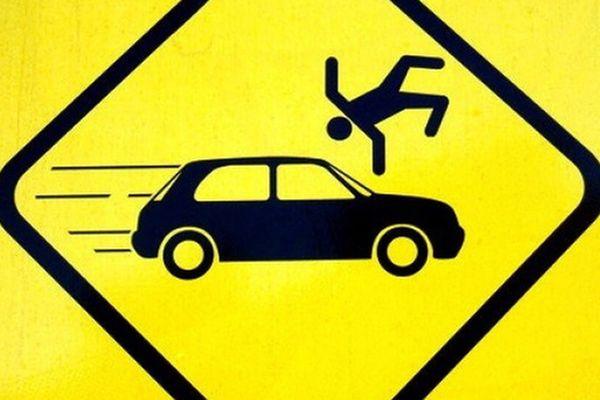 В Самаре подросток попал под колеса, перебегая дорогу  в неположенном месте | CityTraffic