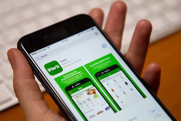 С пятницы iHerb приостанавливает работу мобильных приложений  в России | CityTraffic