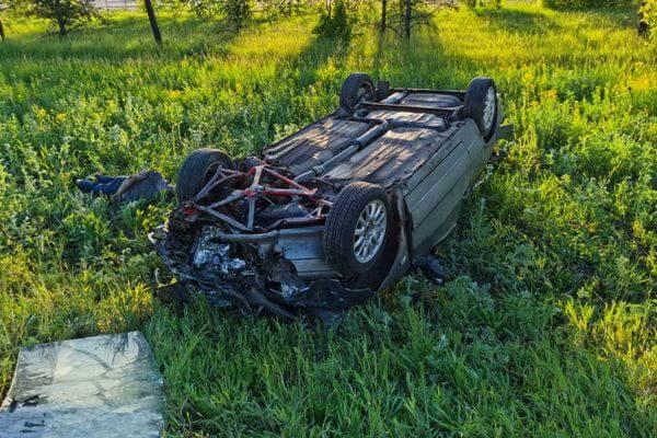 Под Тольятти в автомобильной аварии два человека погибли, трое в больнице | CityTraffic