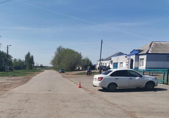 """В Самарской области """"Гранта"""" сбила пенсионерку, которая шла по краю дороги навстречу автомобилю   CityTraffic"""