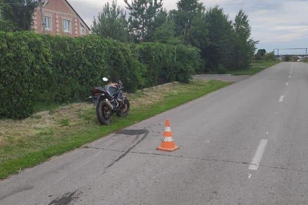 В селе Самарской области мотоциклист сбил 12-летнюю девочку | CityTraffic