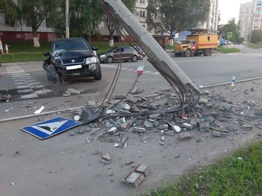 В Новокуйбышевске 58-летний водитель на Suzuki протаранил столб | CityTraffic
