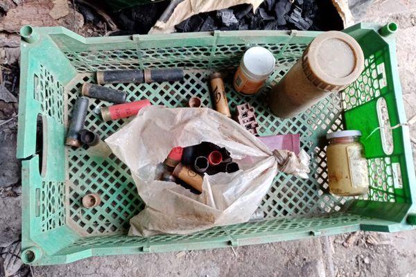 Житель Самарской области хранил в бане винтовку, а в сарае - порох и патроны | CityTraffic