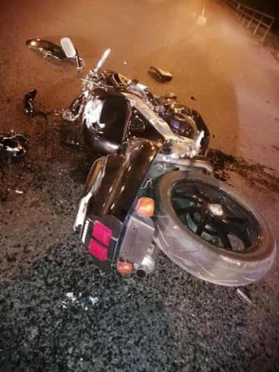 "В Самарской области мотоциклист на ""Хонде"" попал под ""Весту""   CityTraffic"