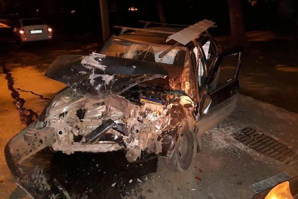 Четыре человека пострадали в столкновении 3 автомобилей в Самаре | CityTraffic