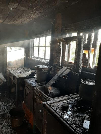 Два человека погибли ночью на пожаре в Самарской области | CityTraffic