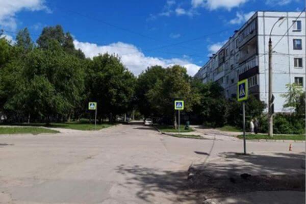 В Тольятти 6-летнего ребенка сбили в жилой зоне   CityTraffic