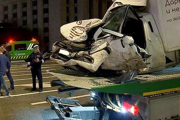 После смертельного ДТП сЕфремовым появились вопросы кбезопасности Lada