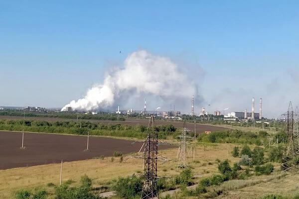 В Тольятти загорелся фосфоршлам на заброшенном заводе | CityTraffic