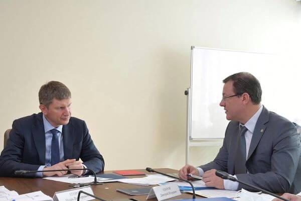 Глава минэкономразвития РФ и губернатор Самарской области обсудили меры поддержки производителей автокомпонентов | CityTraffic