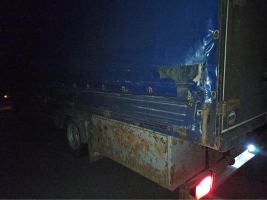 Водитель легковушки на крыше въехал под грузовик на трассе М-5 в Самарской области | CityTraffic
