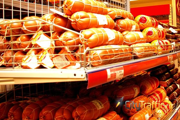 Жителя Тольятти оштрафовали за то, что незнакомая ему женщина украла палку колбасы | CityTraffic