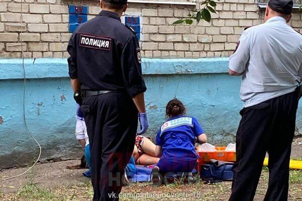 В Тольятти женщина отправилась за пивом из окна 3 этажа | CityTraffic