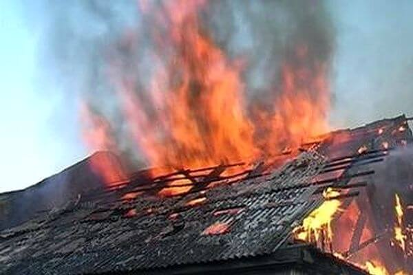 На даче под Тольятти погибла женщина на пожаре | CityTraffic