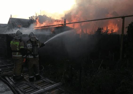 На полную ликвидацию пожара в Железнодорожном районе Самары потребовалось более 7 часов | CityTraffic