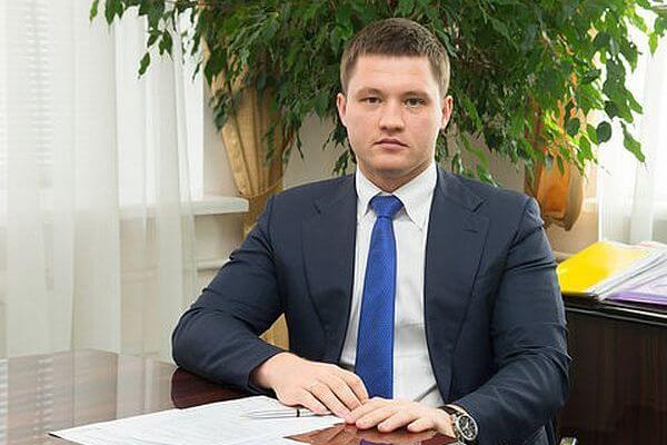 Министр строительства Самарской области опять поделился полномочиями с подчиненными | CityTraffic
