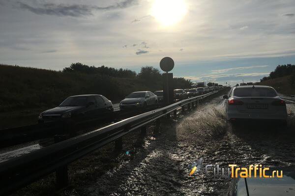 В Тольятти пробка сковала Обводное шоссе | CityTraffic