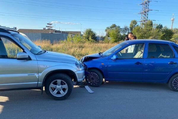 В аварии под Тольятти пострадала девочка | CityTraffic