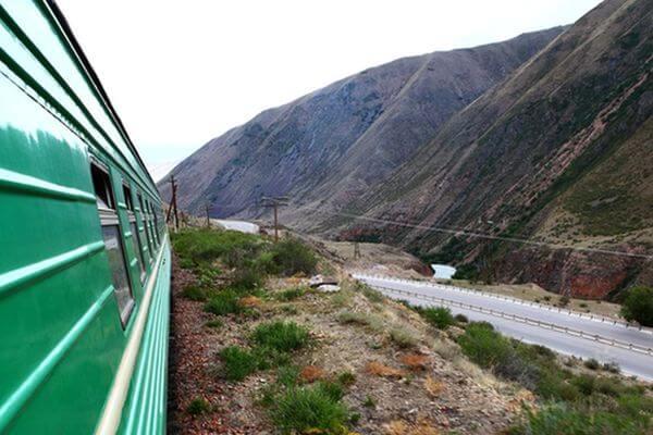 Всех мигрантов из палаточного лагеря в Кинеле вывезут в Узбекистан к началу октября | CityTraffic