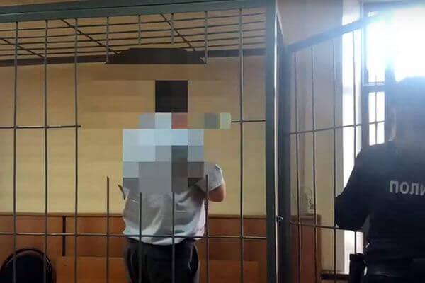 СК опубликовал видео с полицейским, который был задержан за взятку в Самаре | CityTraffic