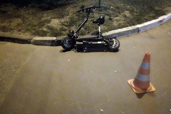 В Тольятти грузовая ГАЗель сбила мужчину на самокате | CityTraffic