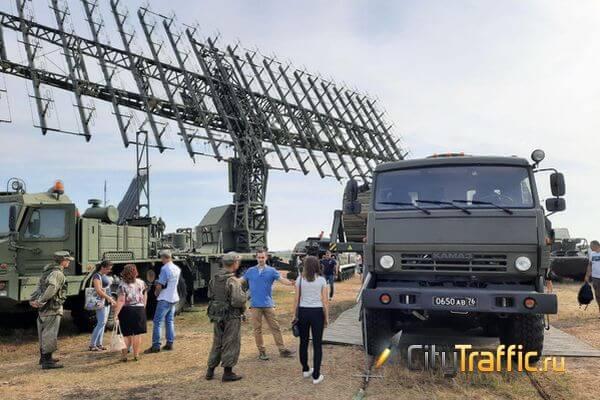 Армия показывает силу: видео | CityTraffic