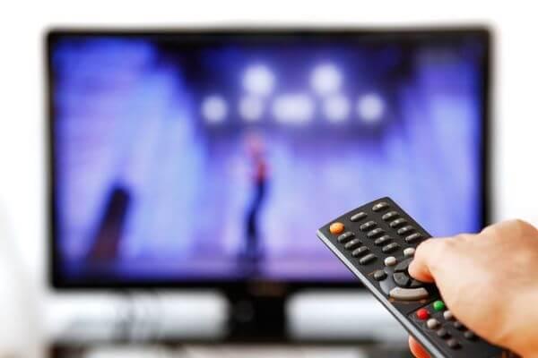 Россияне требуют прекратить тратить бюджетные деньги на финансирование ТВ | CityTraffic