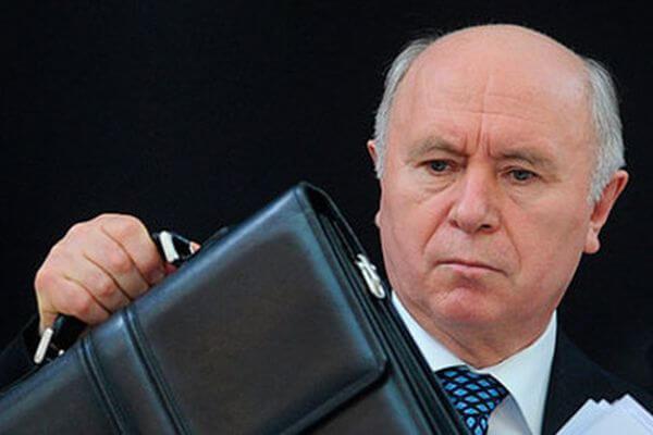 Чиновники  Самарской области не стали лишать доплат к пенсиям команду экс-губернатора Николая Меркушкина   CityTraffic