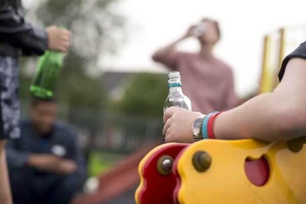 За нахождение на улице в состоянии алкогольного опьянения могут арестовать на 15 суток | CityTraffic