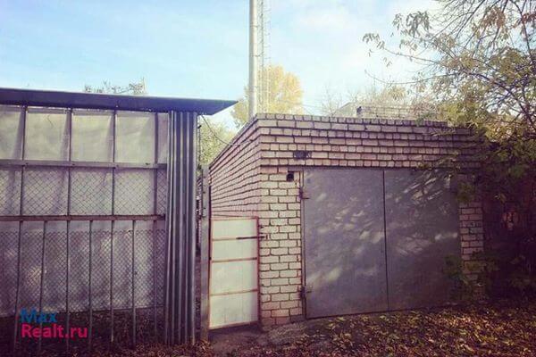 В Самаре рухнула стена гаража, построенного полвека назад | CityTraffic