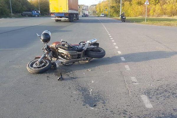 Мотоциклист попал в больницу после аварии на трассе М-5 между Тольятти и Сызранью | CityTraffic