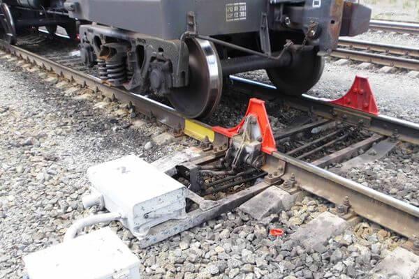 На станции Тольятти гражданин похитил 4 колесных упора | CityTraffic