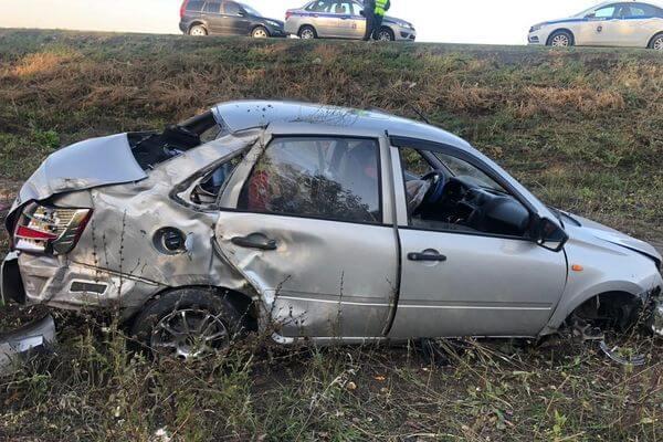 Пьяный водитель вылетел в кювет в Самарской области, пострадала женщина | CityTraffic