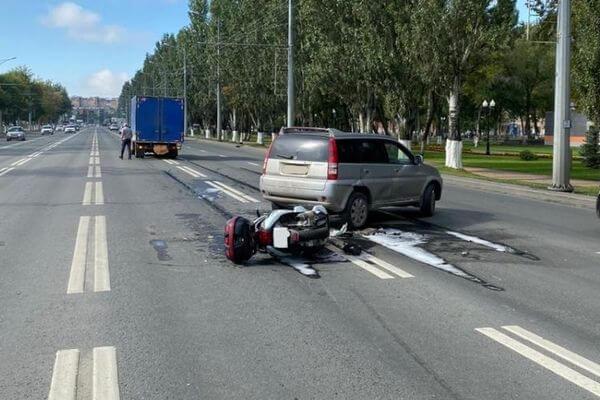 В Самаре женщина на иномарке сбила мотоциклиста | CityTraffic