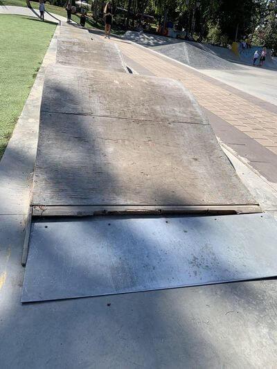 В Струковском саду в Самаре сломалась рампа для скейтеров | CityTraffic