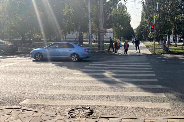 Самарца, метнувшего гранату в жену и ранившего полицейских, оставили под стражей | CityTraffic
