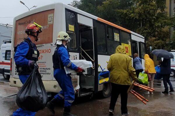 В Самаре жители домов на Галактионовской забрали из них вещи: видео | CityTraffic