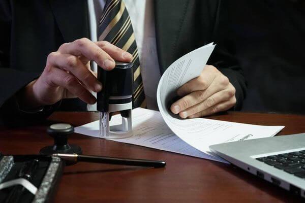 В 2 раза больше уголовных дел по злоупотреблению полномочиями довели до суда в Самарской области | CityTraffic