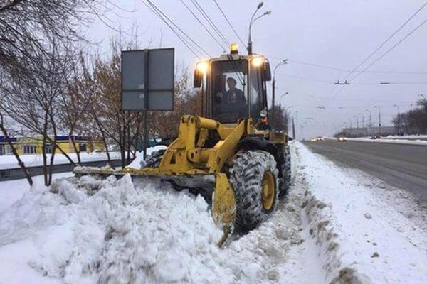 Прокуроры предупредили чиновников Самары о том, что так, как они, снег убирать недопустимо | CityTraffic