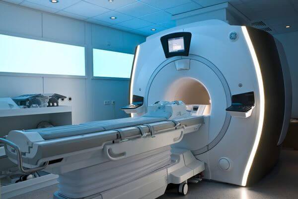 Власти потратят более 45 млн рублей на починку сломанных томографов в Самарской области | CityTraffic