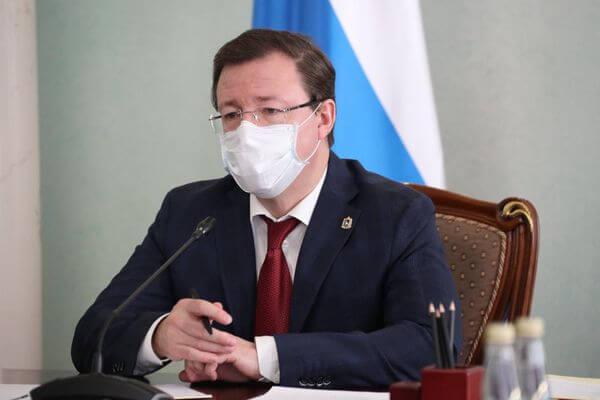 Губернатор Самарской области передал автомобили чиновников, включая свой личный, медикам Скорой помощи | CityTraffic