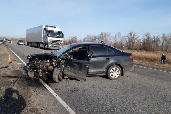 Один человек погиб, двое попали в больницу после аварии под Самарой | CityTraffic