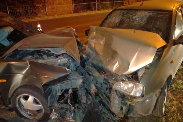 Три жителя Тольятти пострадали в аварии в зеленой зоне | CityTraffic