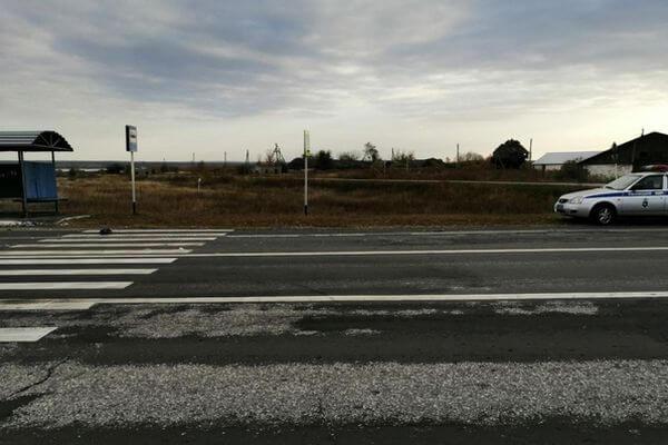 Женщина погибла под колесами AUDI Q7 из Карелии на трассе в Самарской области | CityTraffic