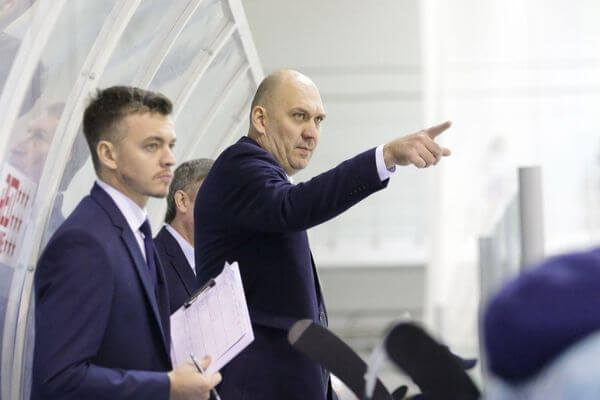 Главный тренер ЦСК ВВС призвал регион помочь клубу | CityTraffic
