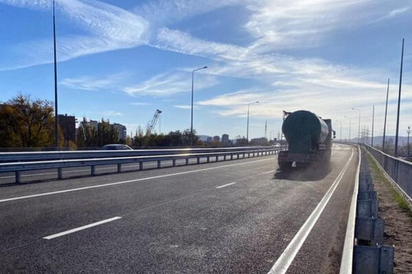 В Тольятти открыли движение по обеим сторонам нового путепровода на трассе М-5 | CityTraffic