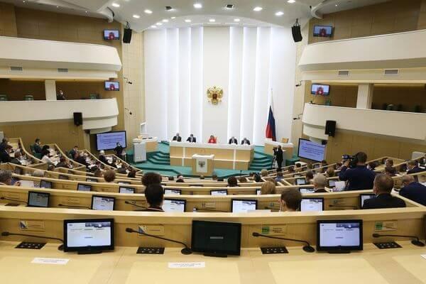 Дмитрий Азаров предложил разрешить регионам в 2021 году привлекать кредиты по ставке выше 5,25% | CityTraffic