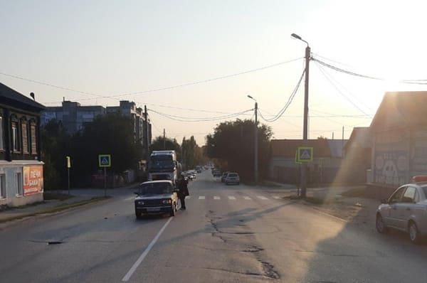 В Сызрани на пешеходном переходе водитель вазовской легковушки сбил 14-летнего подростка | CityTraffic
