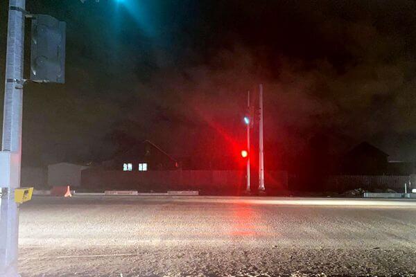 В Самаре иномарка сбила пенсионера и врезалась в опору | CityTraffic